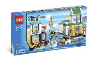 NEW 2011 LEGO CITY HARBOUR HARBOR MARINA SET 4644 MINI FIGURES DIVING