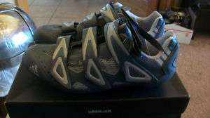WOMENS ADIDAS VUELTANA ROAD CYCLING SHOES. BNIB