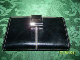 NWOT Kenneth Cole Reaction Black Makeup/Wallet Case