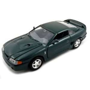 1998 Ford Mustang SVT Cobra Green 124 Diecast Car Toys & Games