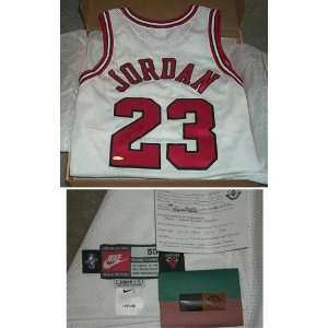Michael Jordan Signed Red Bulls LE123 Stat Jersey  Sports
